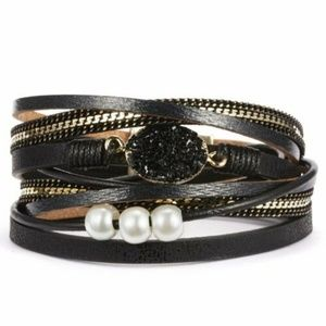 Black multi-strand bracelet with druzy and pearls